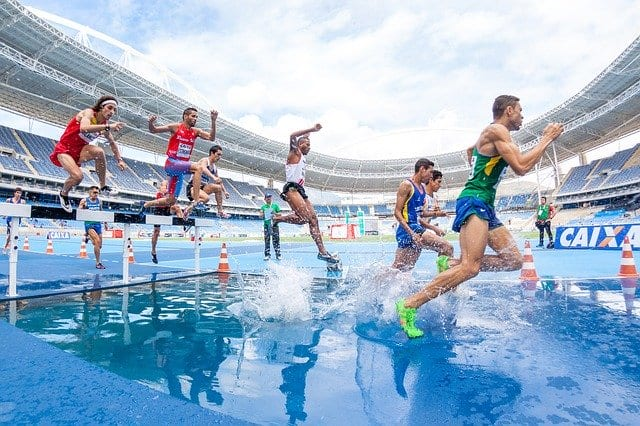 Athletes in action. They are able to keep their body fit, healthy and strong with the help of teen multivitamins. A daily dose of teen multivitamins is definitely a big help.