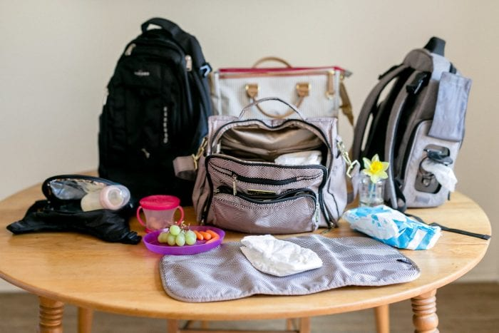 Different choices of mom's diaper bags. Choose the type of mom purse that will best suit you.