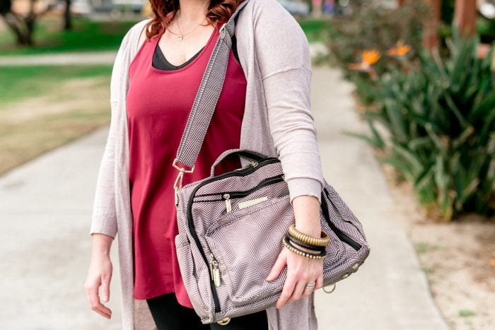 The Best Diaper bag with shoulder strap for a mom. It has main compartment, lots of room and exterior pockets. Perhaps one of the top handbags or best purses for moms.