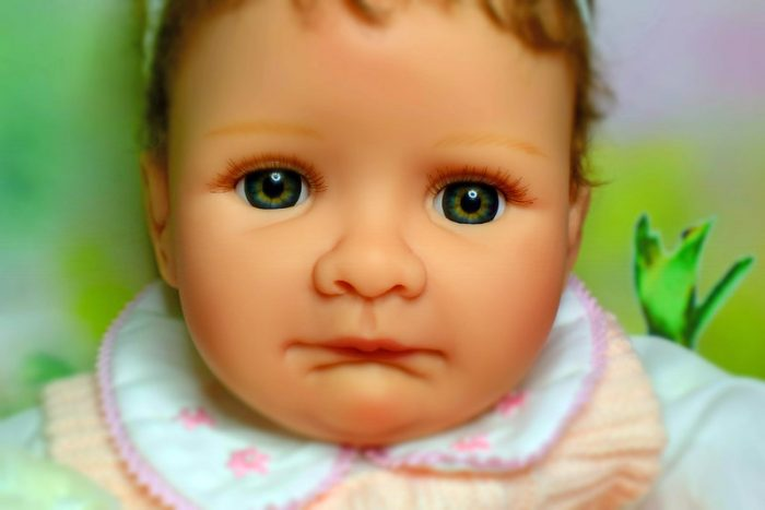 Reborn baby doll looks real. This good baby doll is a top choice for your baby/toddler.