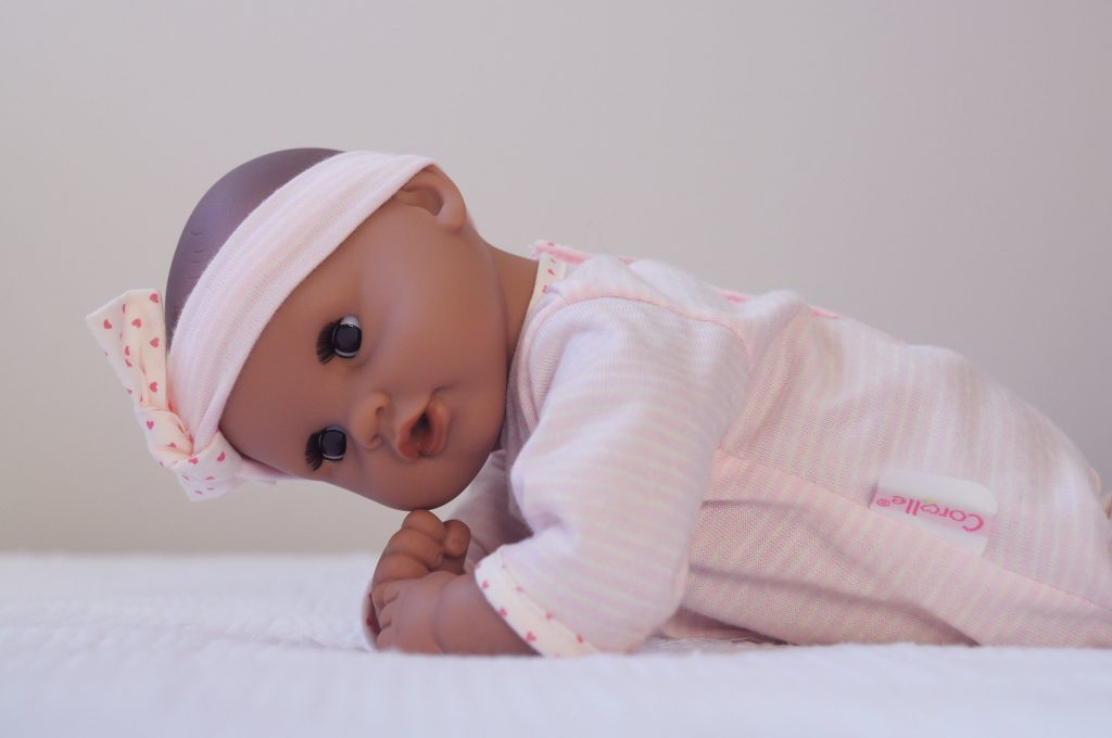 Corolle Mon Premier Baby Dolllooks like a real baby doll with its pose. Will you get your child this good baby doll?