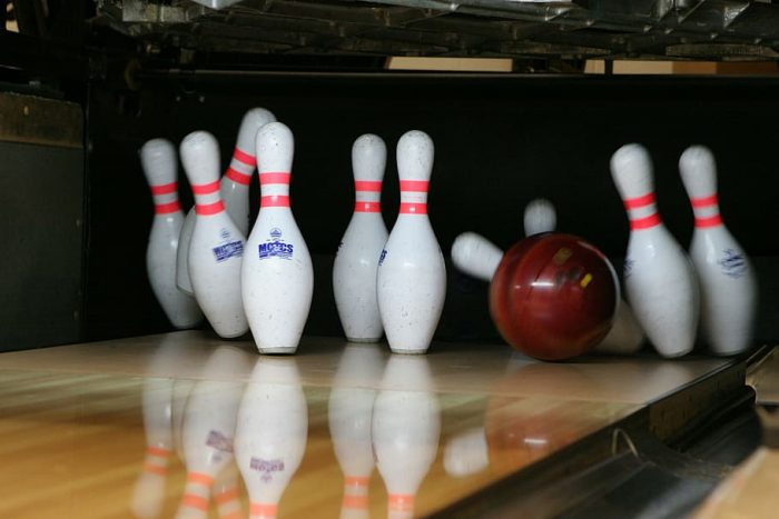 Here is one option of the best bowling ball for straight bowlers