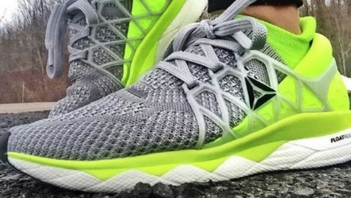 Running shoes are one of the best shoes that offer comfort. This could be the good for works working in a warehouse.