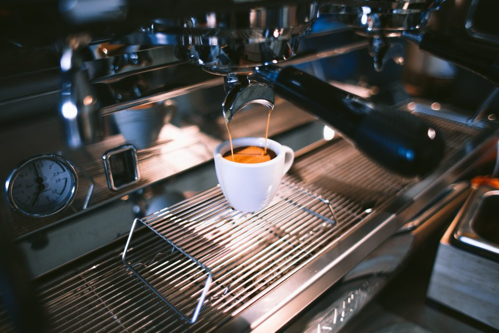 a good espresso machine is needed for a great tasting coffee