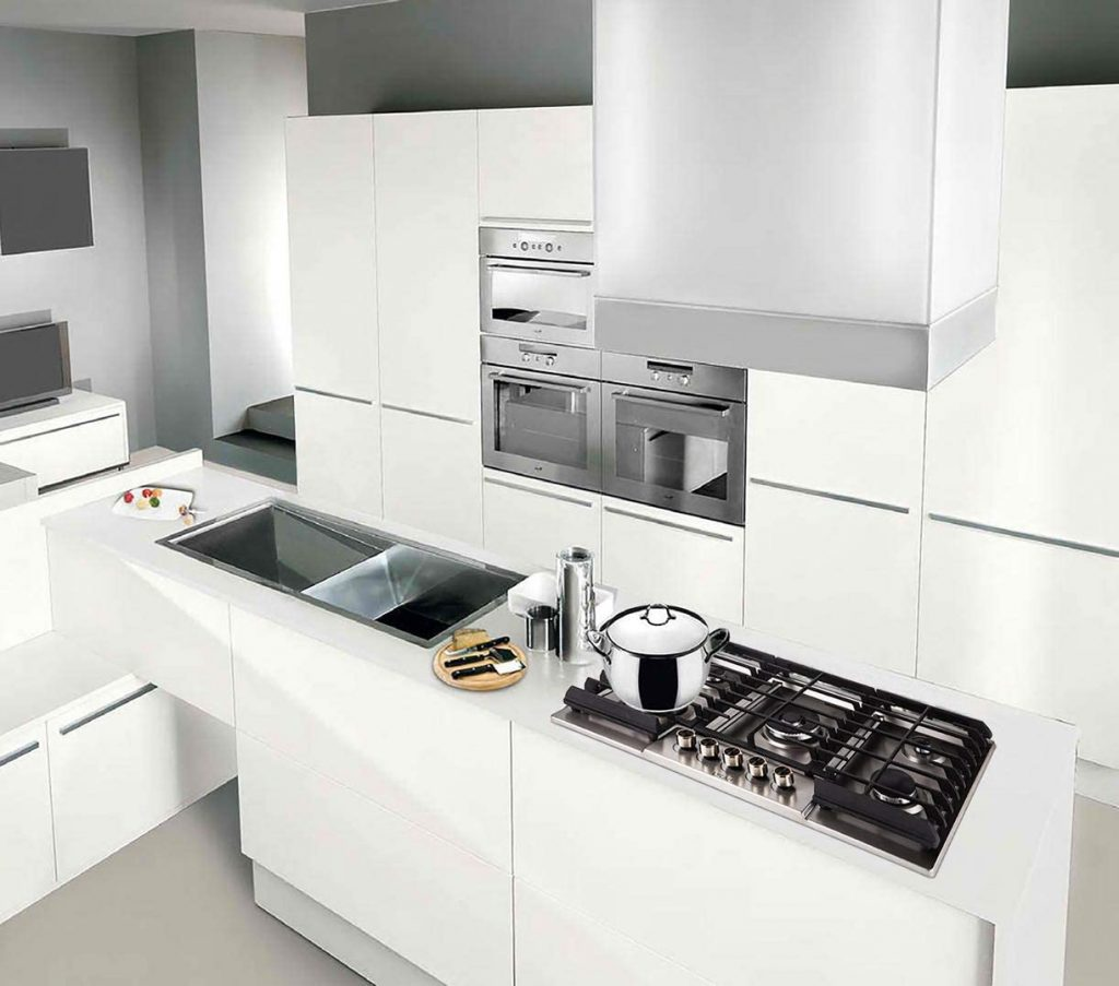 LYCAN Gas Cooktop Stove Top with 5 Italy Sabaf Burners